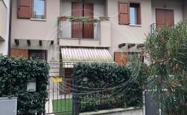 PALINI-IMMOBILIARE-VENDE-VILLA-A-SCHIERA-RODENGO-SAIANO-245000-1